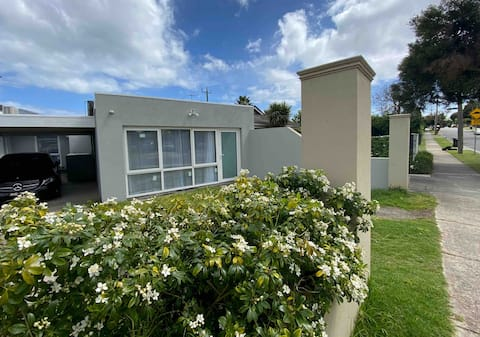 New family home 2 bedroom & free parking