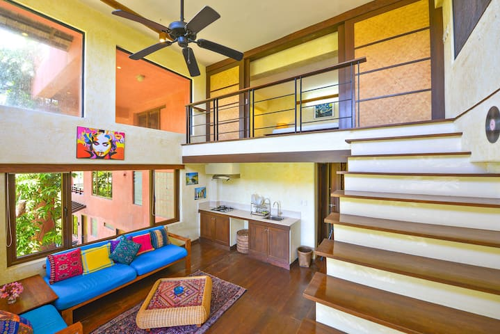Bianca's Garden Apartments: Bianca Loft Apartment