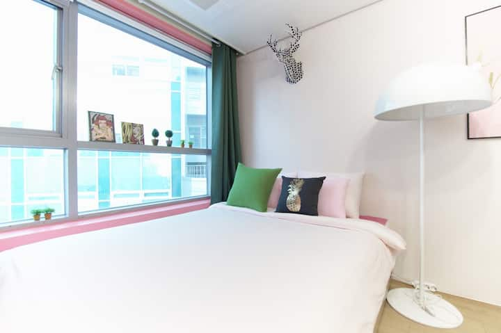 MyeongDong /BEST LOCATION  ❤ Guest House