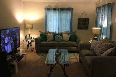 Cozy 1 bdm minutes from the beach - Myrtle Beach