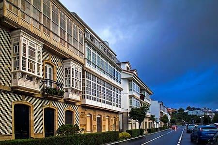 Piso modernista S.XIX con vistas - Corcubión - Altres