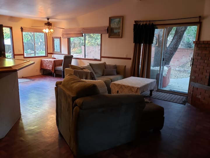 Melodys Retreat Guest house