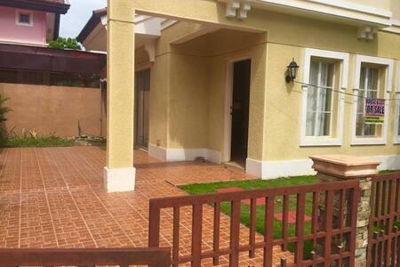 3 BR  House in Solariega - Davao City - Casa