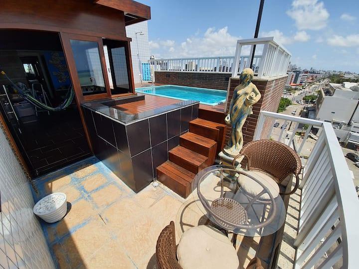 Cobertura c/ piscina privativa na praia de Manaíra