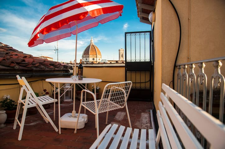 THE CAVOUR TERRACE, Firence with love!! - Firenze - House