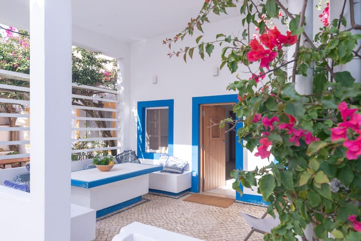 Seaside apartment with terrace Algarve by Lightbooking