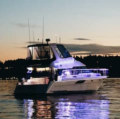 Come+Aboard+and+Relax+on+Lake+WA%21