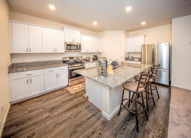 Sauvignon Suite II - 1 Bd/ 1 Bth - $32 per night