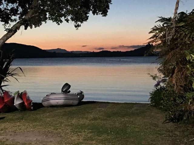 Tumoana Main Lake Rotoiti Rotorua - Tikitere - Talo