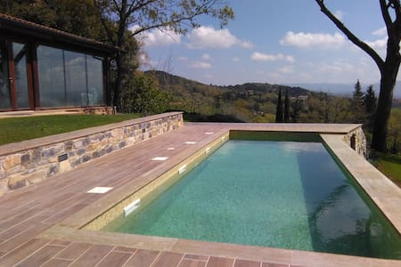 villa in the country  with pool - monteverdi marittimo - 独立屋
