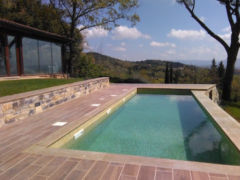 country villa with heated swimming pool
