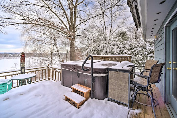 NEW! Cozy Retreat w/ Hot Tub on Sleepy Hollow Lake