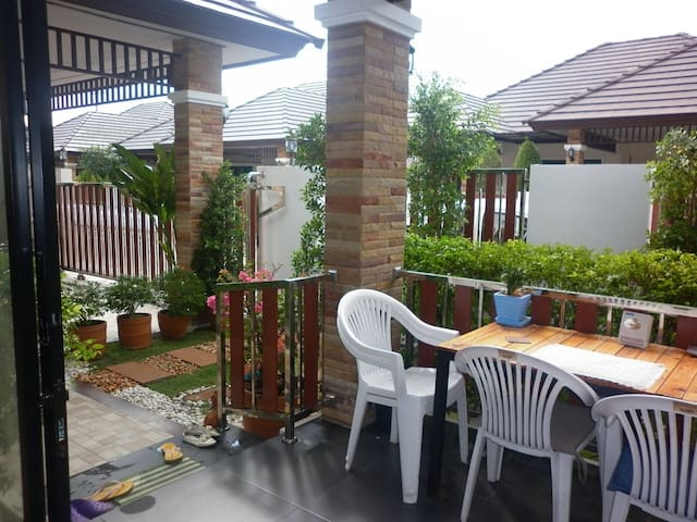 charming modern 3 bedroom bungalow - Ban Chang