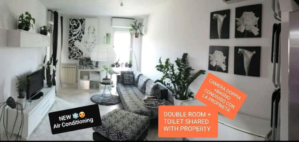 Rent Room La Deborona,Easy&Chick ORANGE ROOM