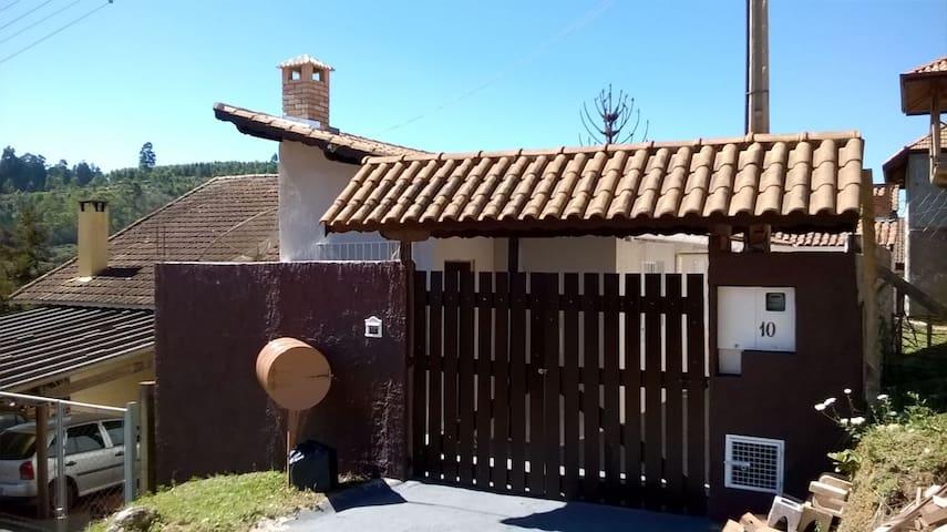 Kafundó,a casa da minha família para receber a sua - Monte Verde - Hus