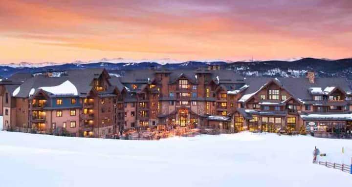 Ski-in & out, Grand Lodge Peak 7- 2BR Lux Condo