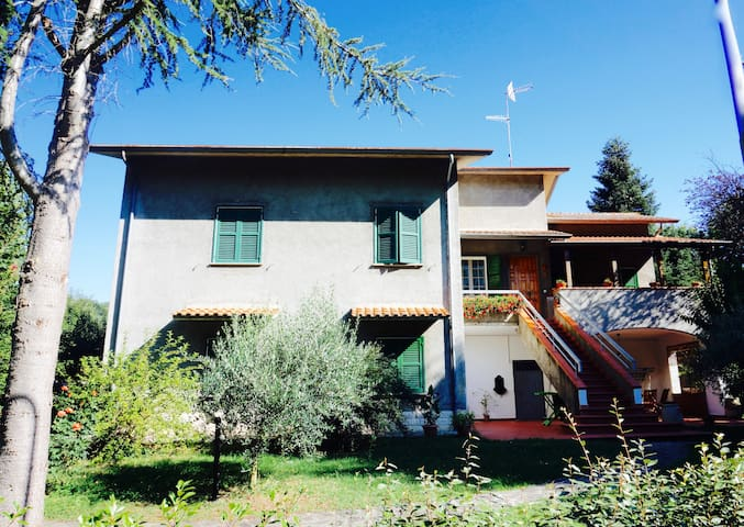 rent holiday Italy, Urbino, Marche - Sassocorvaro - House