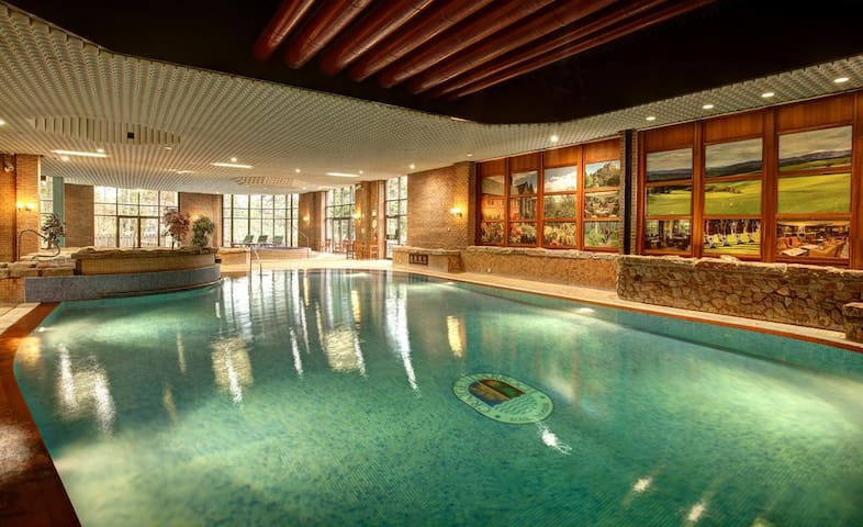 Craigendarroch Luxury Lodge and Spa - sleeps 4