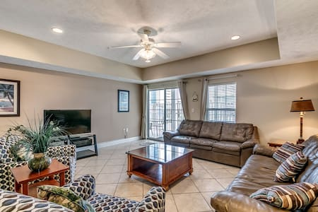 Myrtle Beach Villas 205A - 100% refund up to 48 hrs prior to arrival