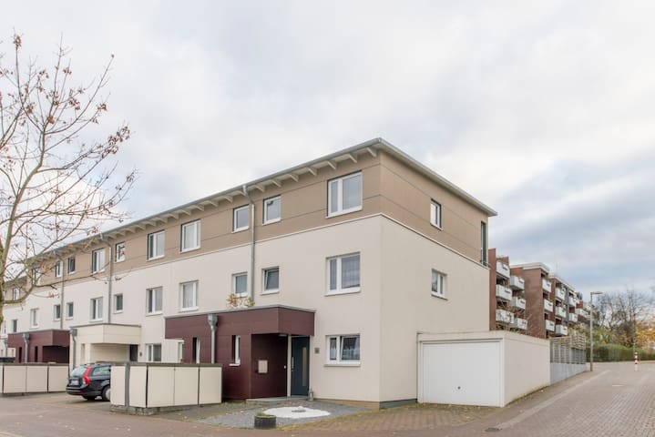 ID 5852 | House for 4 persons wifi - Laatzen - House