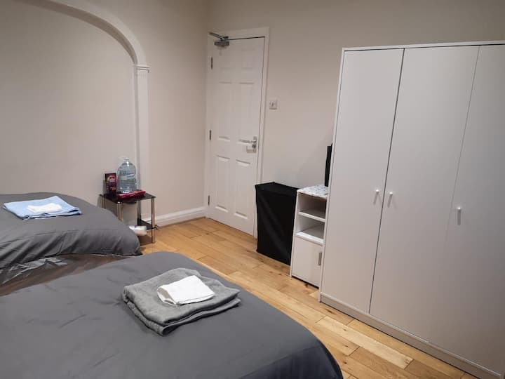 Large double room until the 10th of October only.
