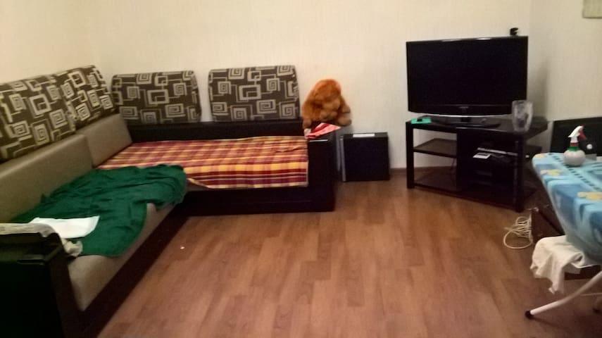 Чудесная комната в центре города - Vladikavkaz - Apartment