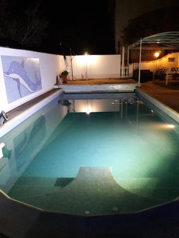 Maison Maeva plain  pied, piscine pool house,