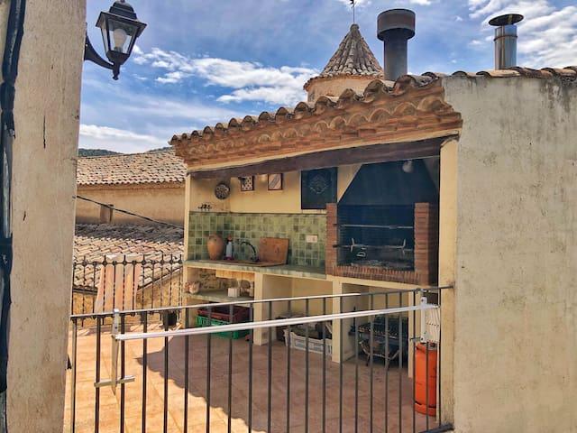 Gran casa familiar en la Febró (cerca de Prades)