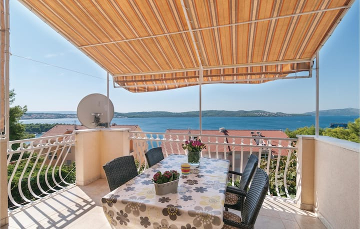 Amazing home in Trogir with WiFi and 3 Bedrooms