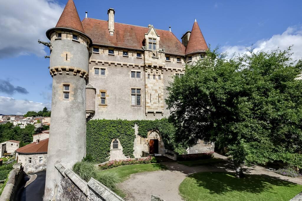 Château de Saint Amant