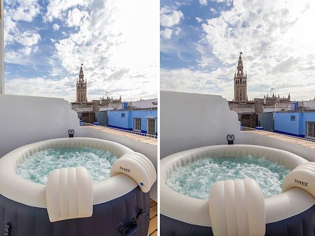 HOT/COOL PRIVATE JACUZZI OVERLOOKING GIRALDA - Sevilla - Appartement