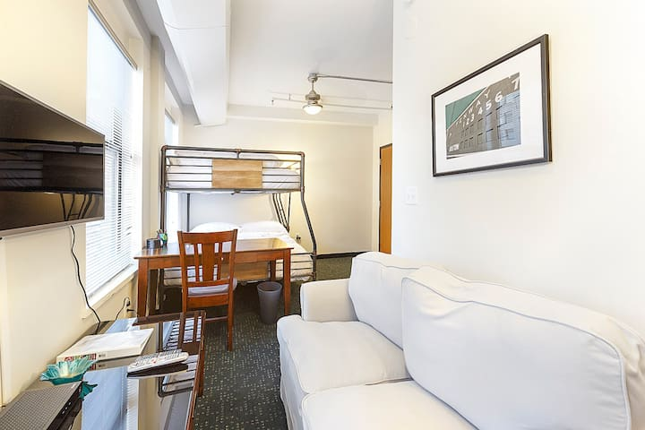 401 Downtown Boston Studio, Book Now!