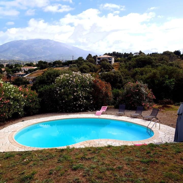 Villa climatisée avec piscine - Région Ajaccio