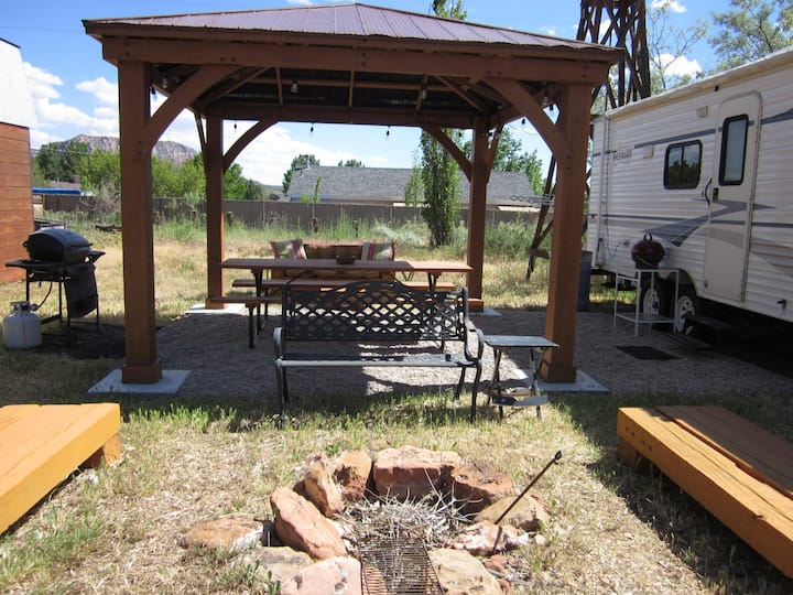 Coral Pink Horse Ranch Cowboy Camper with Fire Pit