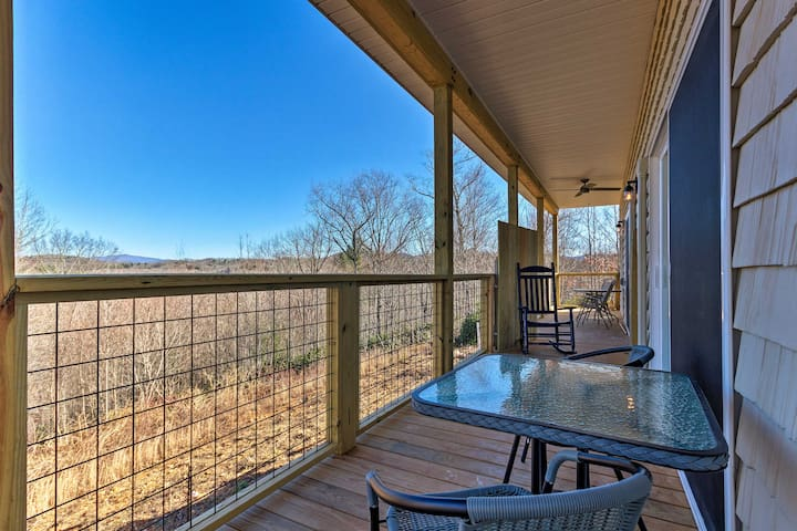 NEW! Pisgah National Forest Retreat w/Ramp Access!
