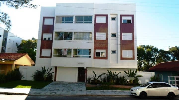 Apartamento com 2dorm, centro de Tramandaí