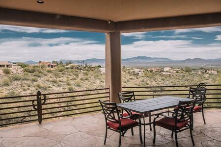 Comfortable, spacious home with idyllic views