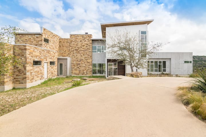Luxury in the Texas Hills (House & Barndominium)