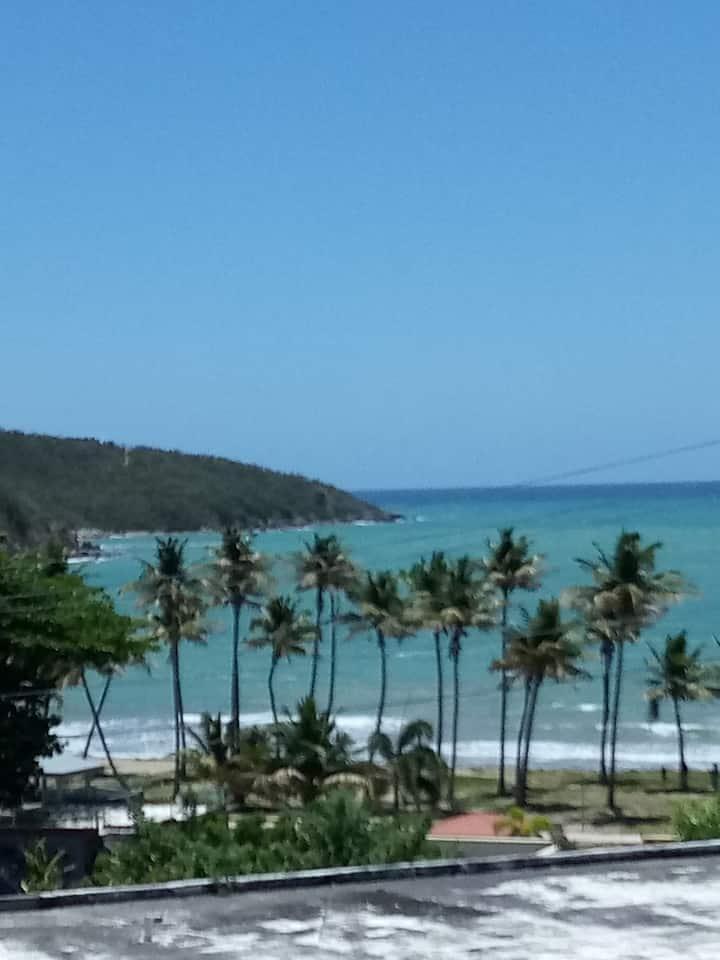 Beach house Playa Guayanés, for 10 + guests