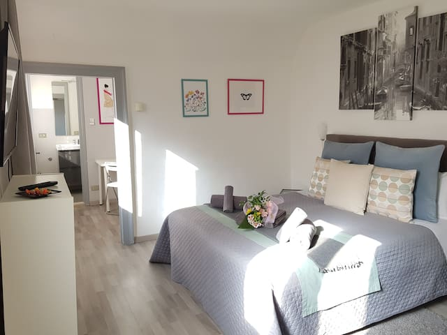Comfy Apartment in Adorable Dorsoduro!