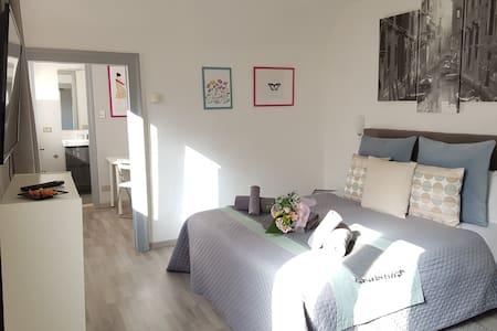 Comfy Apartment in Adorable Dorsoduro!
