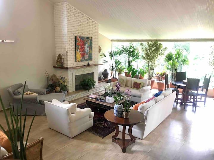 Casa Colina dos Saguis -Granja Viana -São Paulo