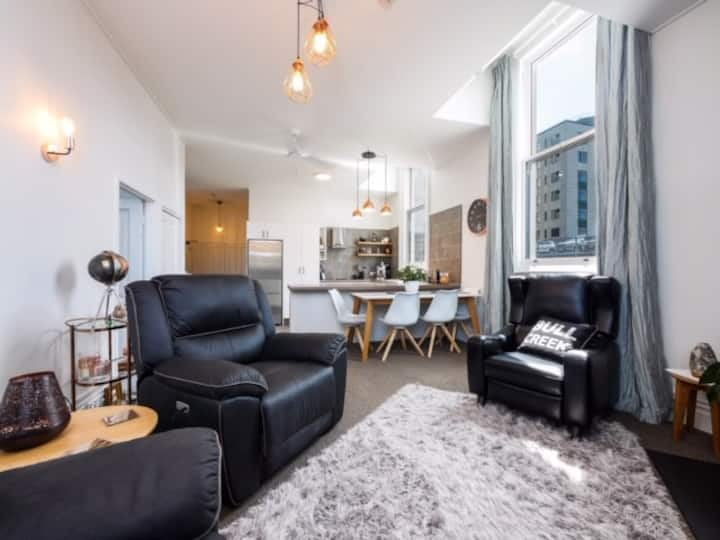 Central Dunedin City Luxury Apartment - 1 Bedroom