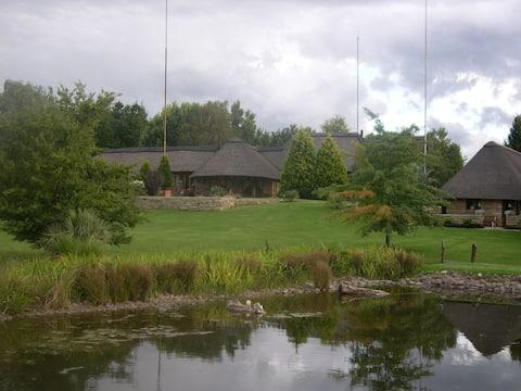 La La Nathi Country Guest House