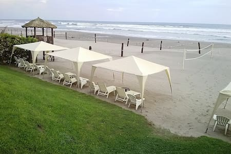 Apartment with exclusive beach club, Zona Diamante - Acapulco - Apartemen