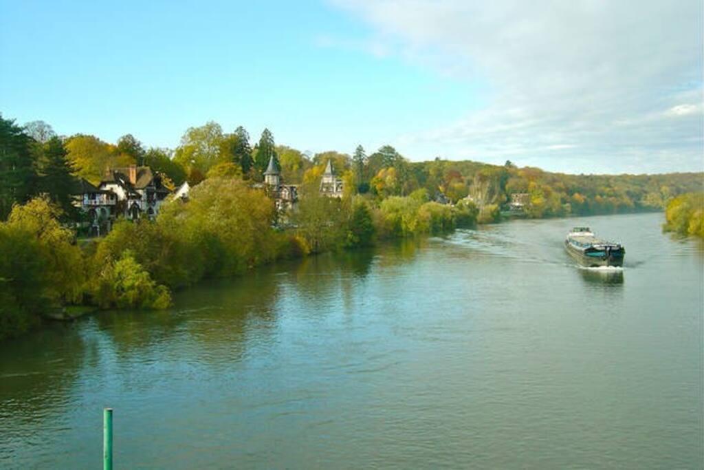 Arrivée en bordure de Seine