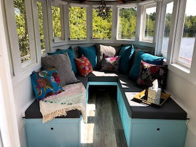 Pilot House Seating Area with beautiful 360 Views