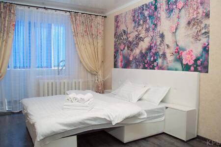 Уютная однокомнатная квартира ( Столичный)