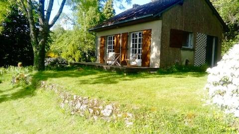 Uchon : Petite maison isolée avec vue imprenable
