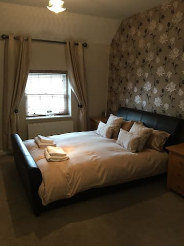Lovely city 2 bedroom Aparment - Hereford - Daire